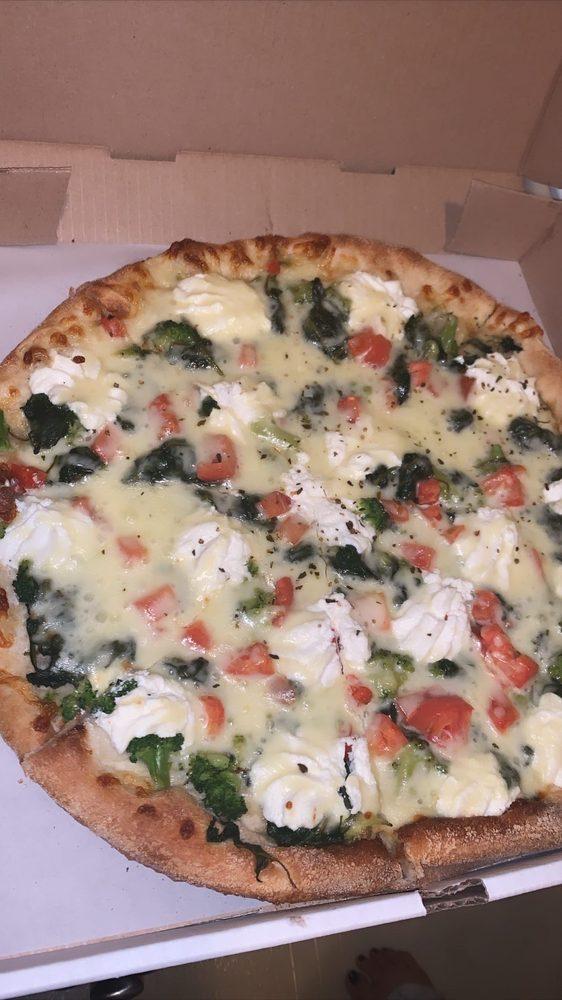 Aj's Family Pizzeria: 204 Crossings Blvd, Elverson, PA
