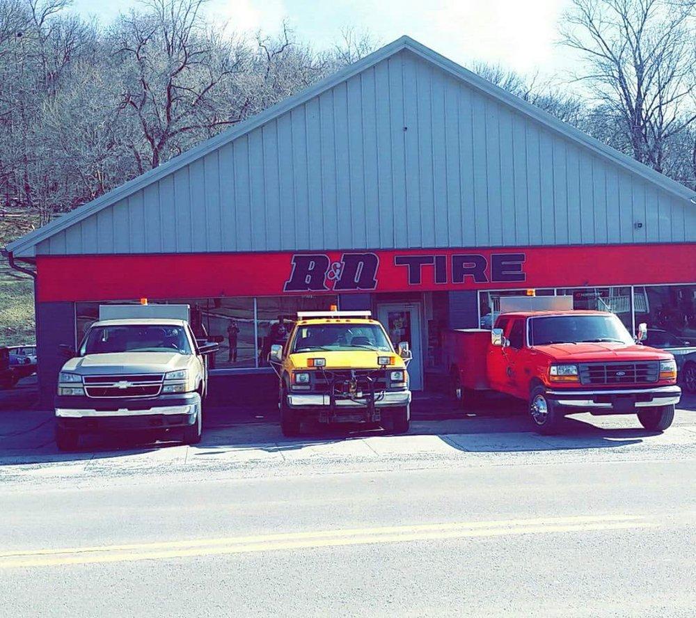 R & N Tires: 421 N Spring St, Everett, PA