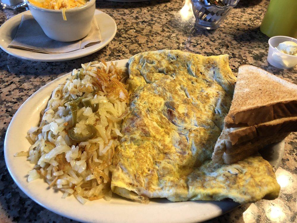 Best Breakfast: 4961 N Henry Blvd, Stockbridge, GA