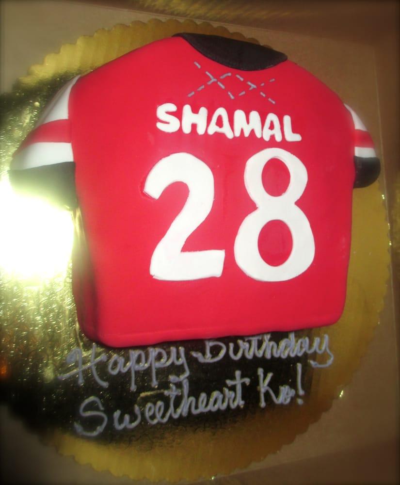 Art Cake Nj : Arsenal jersey birthday cake! Italian cream cake with ...