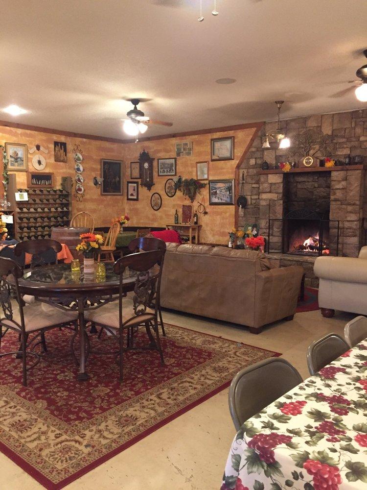 Keltoi Winery: 17705 County Rd 260, Oronogo, MO