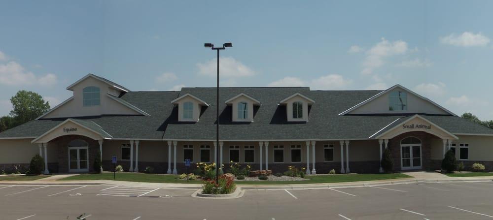 Cleary Lake Veterinary Hospital: 18577 Natchez Ave, Prior Lake, MN