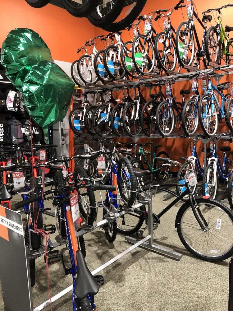 Dick's Sporting Goods: 11690 Carmel Mountain Rd, San Diego, CA