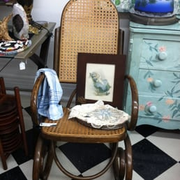 Treasures 4 Charity Closed 33 Photos Used Vintage Consignment 2723 Woodburn Ave