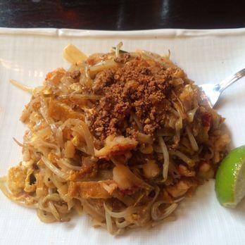 Aqua malaysian thai cuisine closed 111 photos 172 for Aqua malaysian thai cuisine