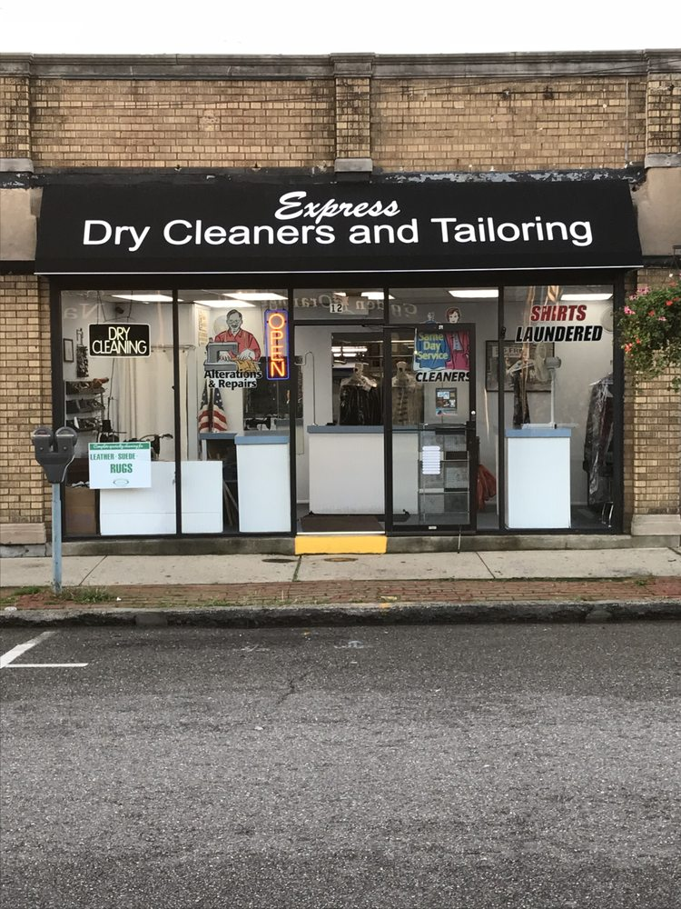 Express Dry Cleaners: 12 Railroad Ave, Babylon, NY