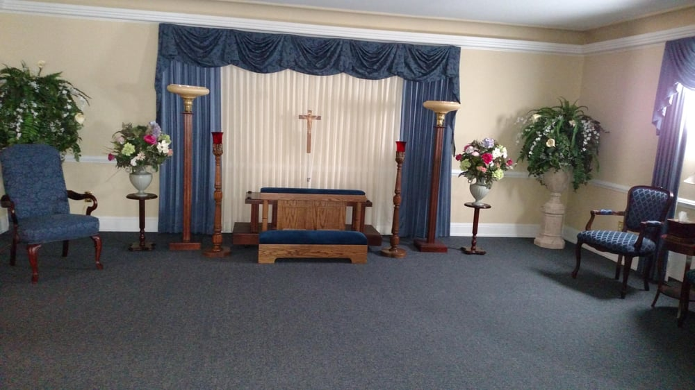 James Funeral Home & Cremation Service: 527 Center St, Bethlehem, PA