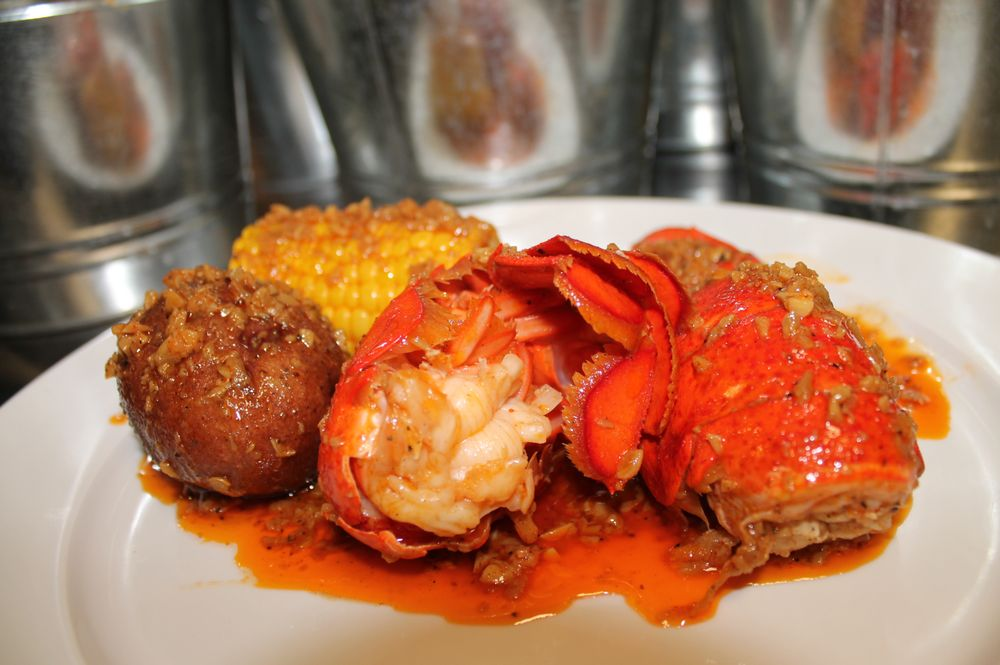 Sweet Cajun Boiling Seafood: 1464 University Ave W, Saint Paul, MN