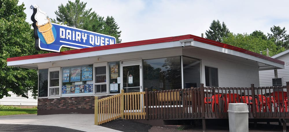 Dairy Queen: 6896 S Lake Ave, Lake Nebagamon, WI