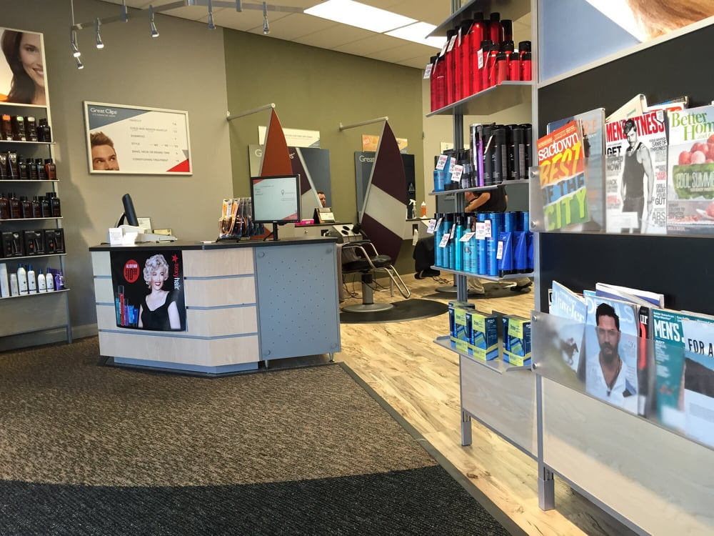 Get a great haircut at the Great Clips Walmart Central hair salon in Folsom, CA. You can save time by checking in online. No appointment lasourisglobe-trotteuse.tkon: Riley St Ste 9, Folsom, , CA.