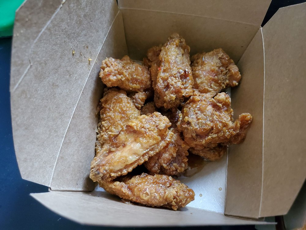 Food from Wing's Korean Chicken