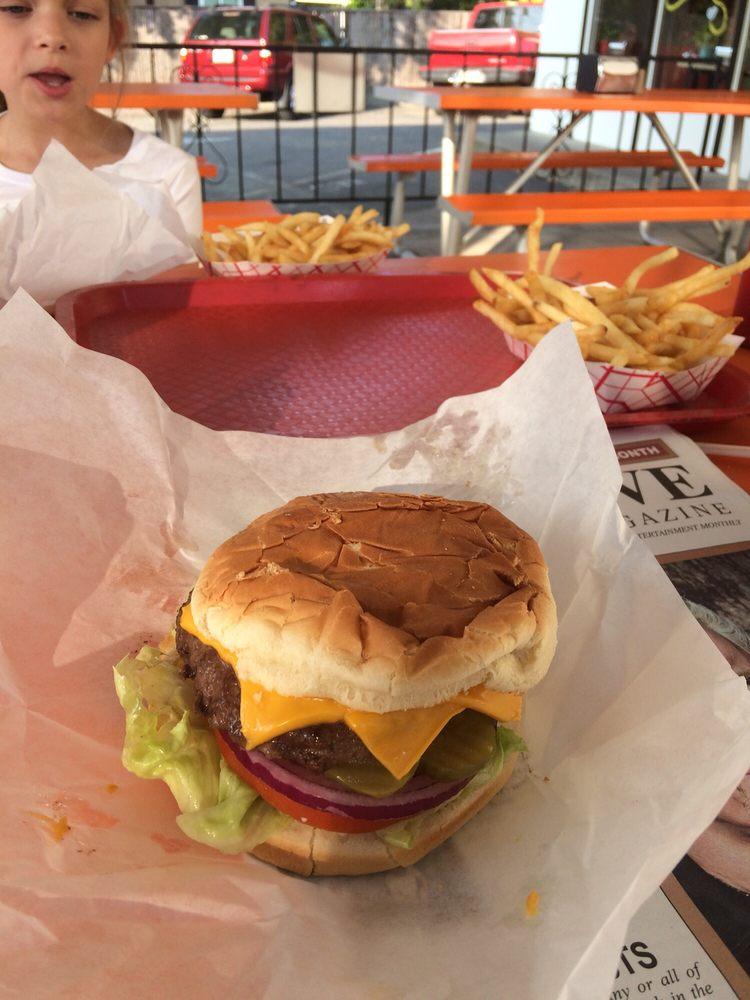 Bartels Giant Burger: 2311 N St, Anderson, CA