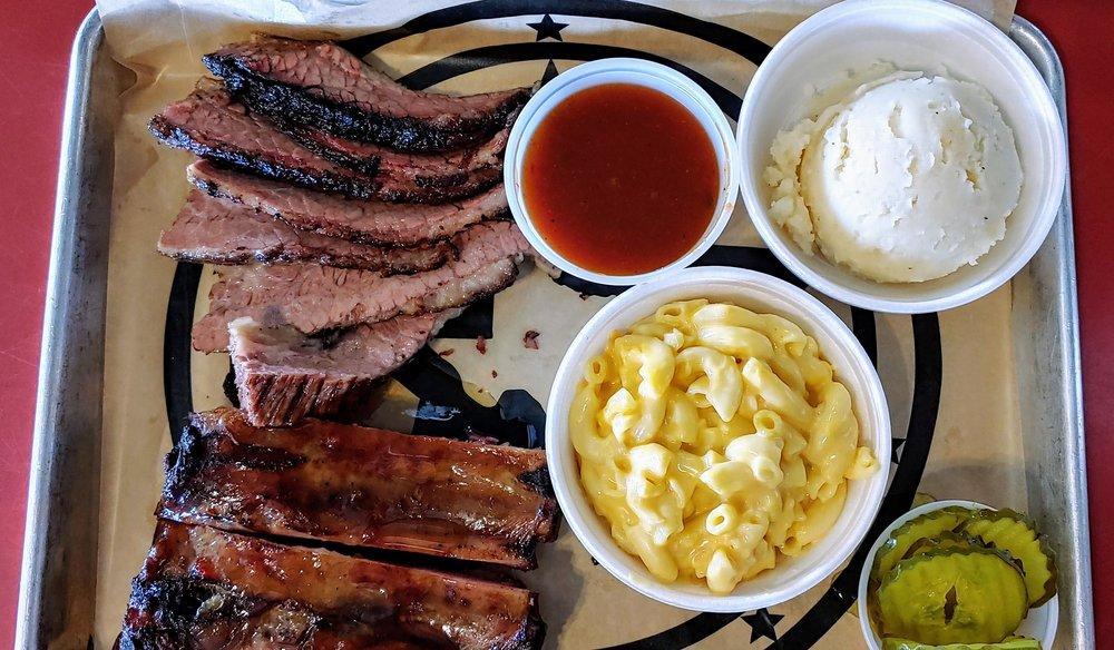 Texas Pit Stop BBQ: 2216 Ih 45, La Marque, TX