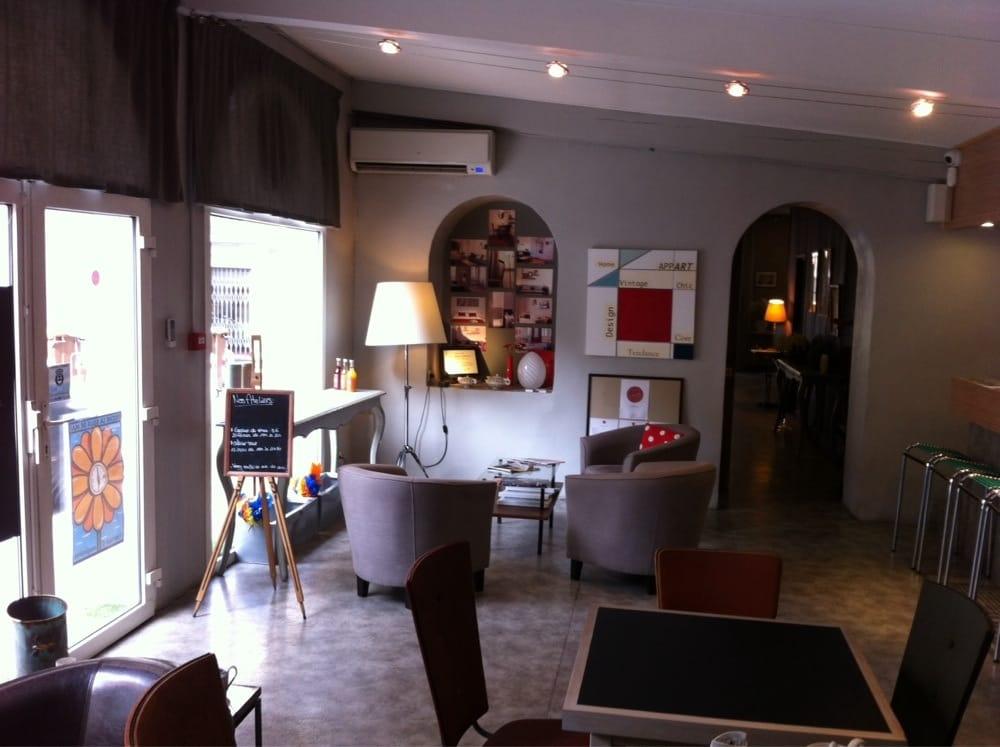 caf edmond cafes 31 rue dragon castellane marseille france restaurant reviews phone. Black Bedroom Furniture Sets. Home Design Ideas