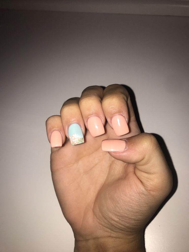 Luscious Nails: 8026 Binnie Rd, Carpentersville, IL