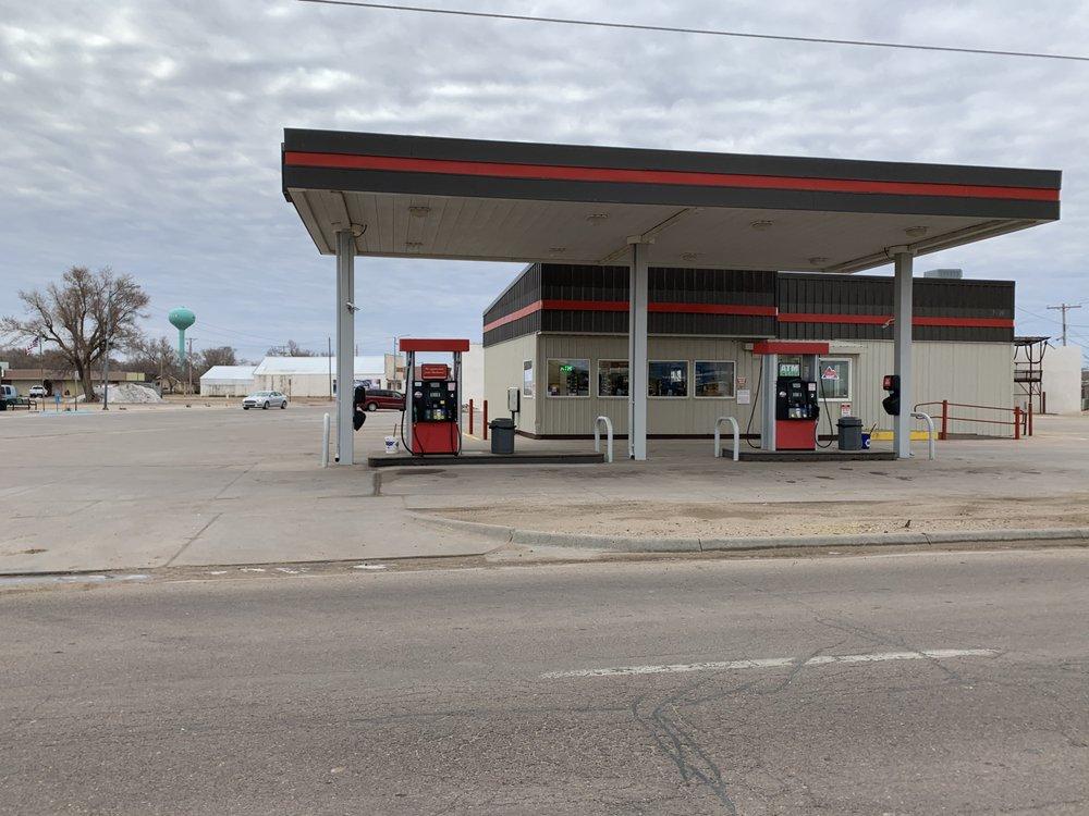 Corner Express: 119 N Sequoyah St, Satanta, KS