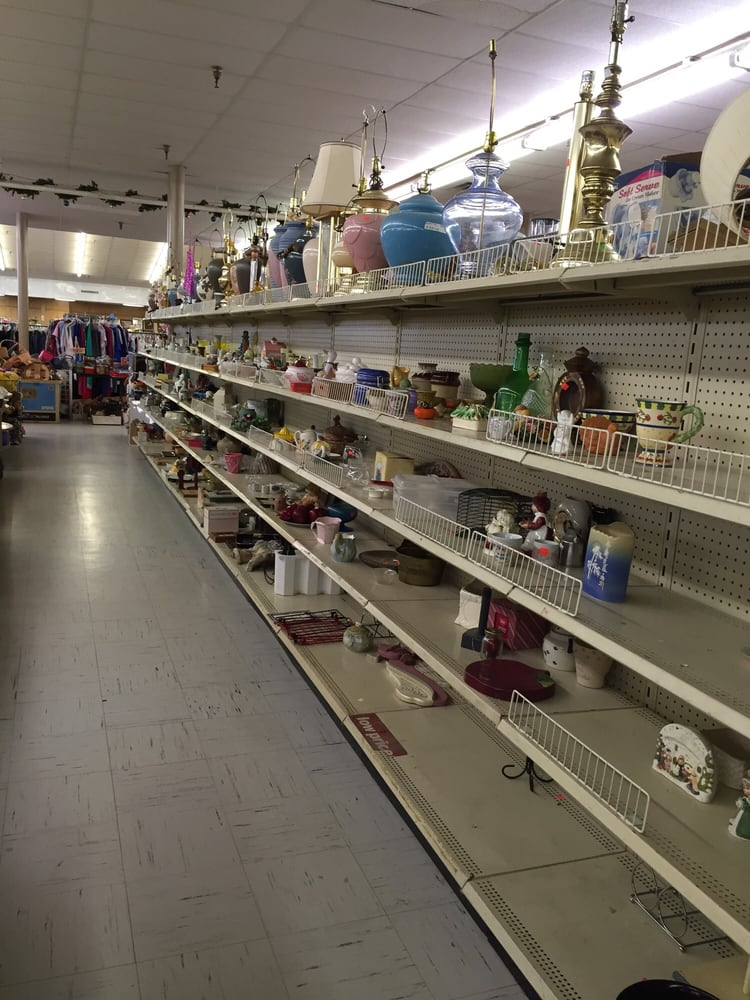 Veterans Thrift Town: 3500 Jenny Lind Rd, Fort Smith, AR