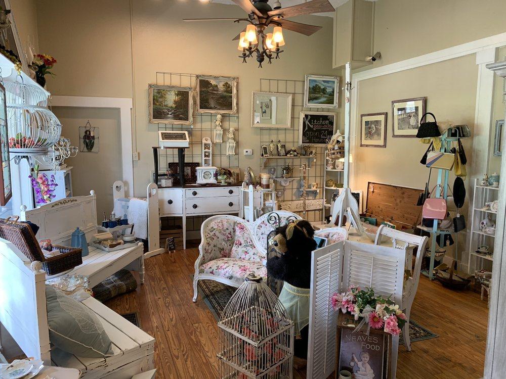Transformed Treasures: 410 E Liberty St, Brooksville, FL