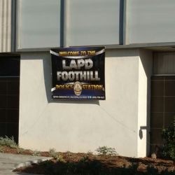 LAPD Foothill Community Police Station - 25 Reviews - Police