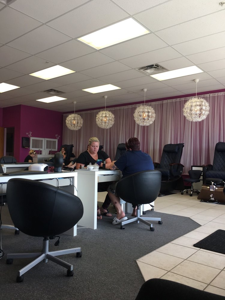 Photos for Lush Nails - Yelp