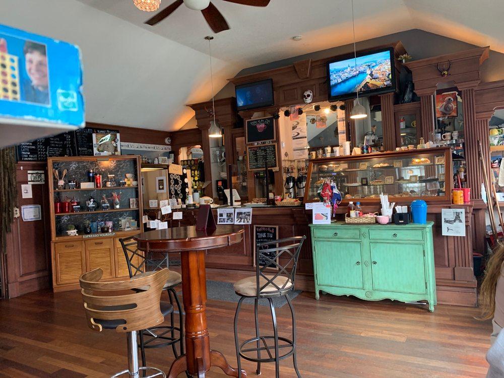 Social Spots from Rumors European Cafe