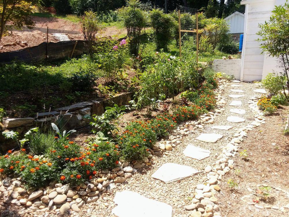 Gardens of Eatin Landscaping: Asheville, NC