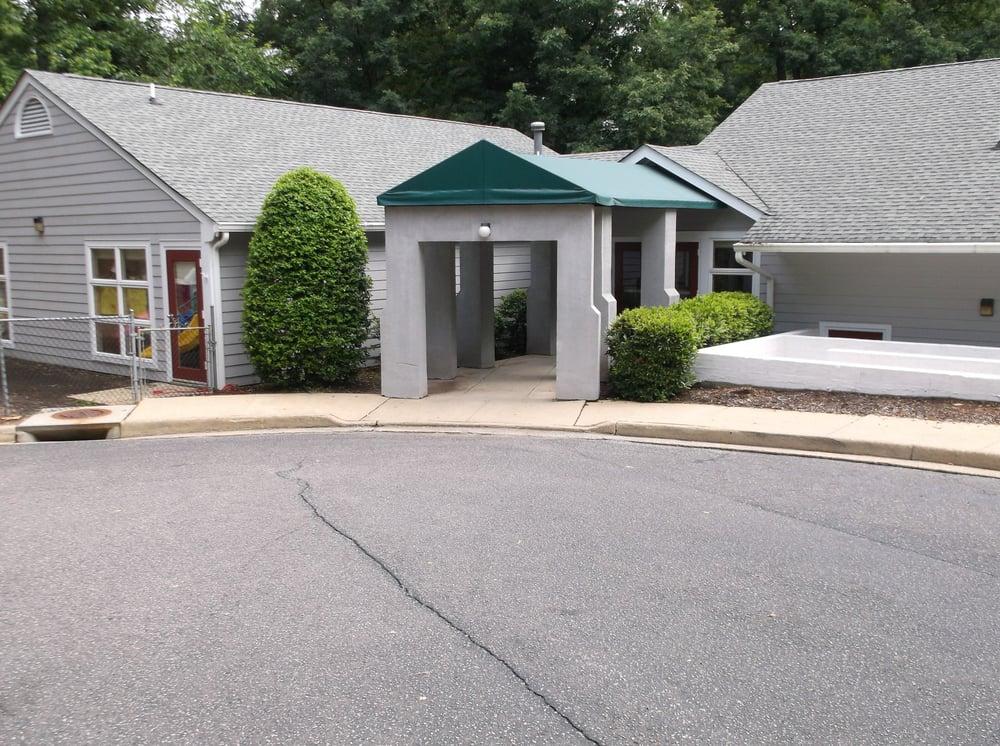 Chesterbrook Academy Preschool: 3039 Stony Point Rd, Richmond, VA