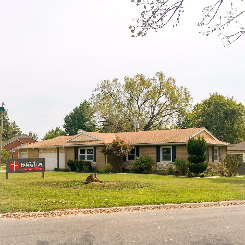 The Homestead: 804 E Quincy St, Pittsburg, KS
