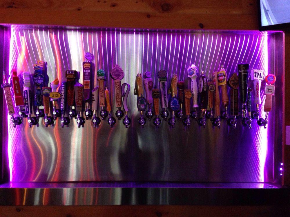 Pogie's Pour House: 115 Derek Plaza Dr, Carencro, LA