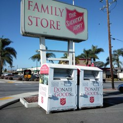 the salvation army family store donation center 15 photos 52 reviews thrift stores. Black Bedroom Furniture Sets. Home Design Ideas
