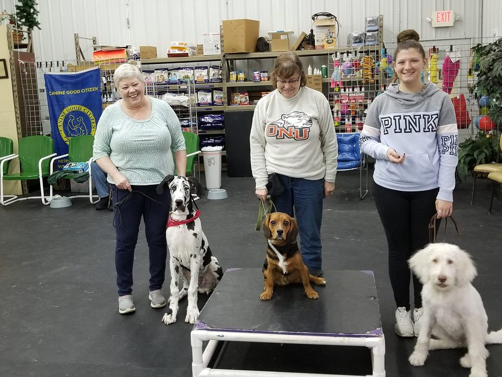 That Place For Pets: 1299 Findlay Rd, Lima, OH