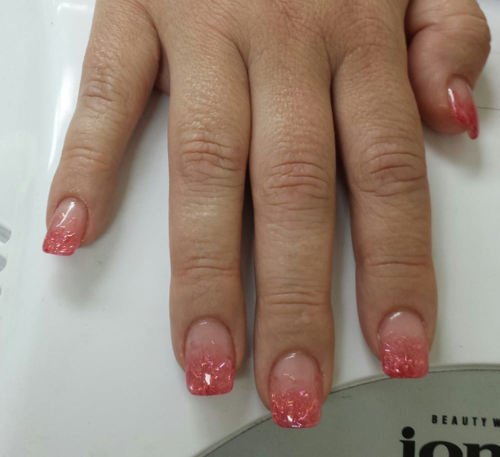 String Glitter Acrylic Faded Into Tip Of Nails And Gel Top
