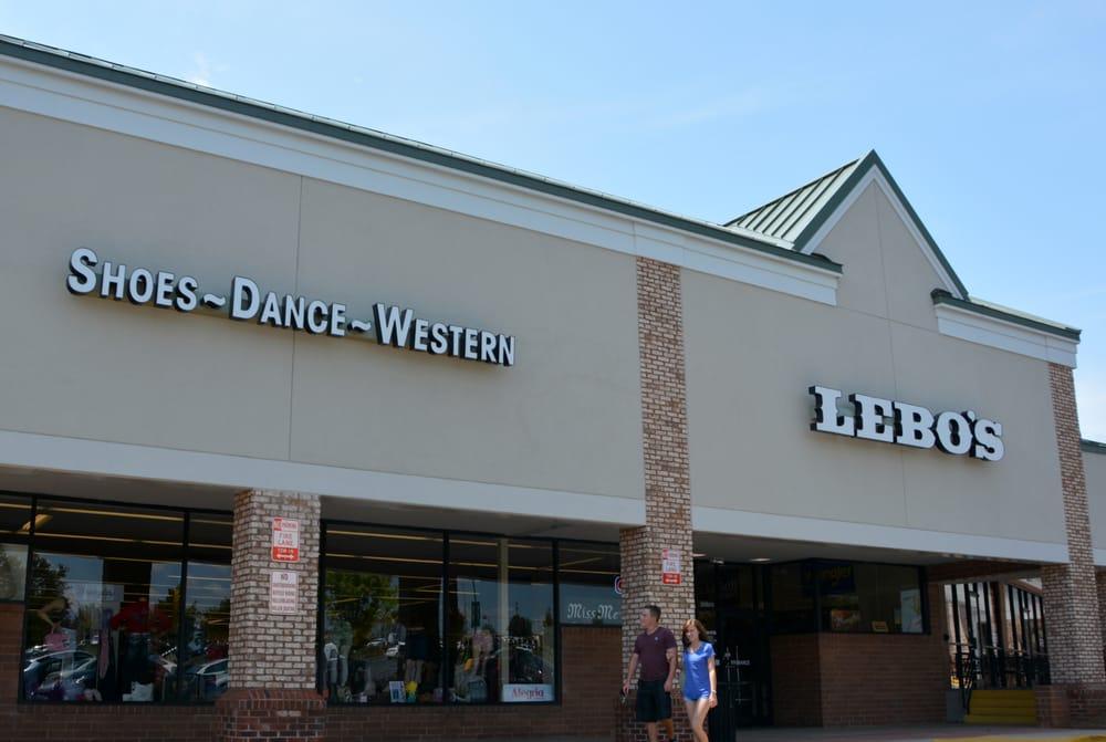 Lebo's: 20605 Torrence Chapel Rd, Cornelius, NC
