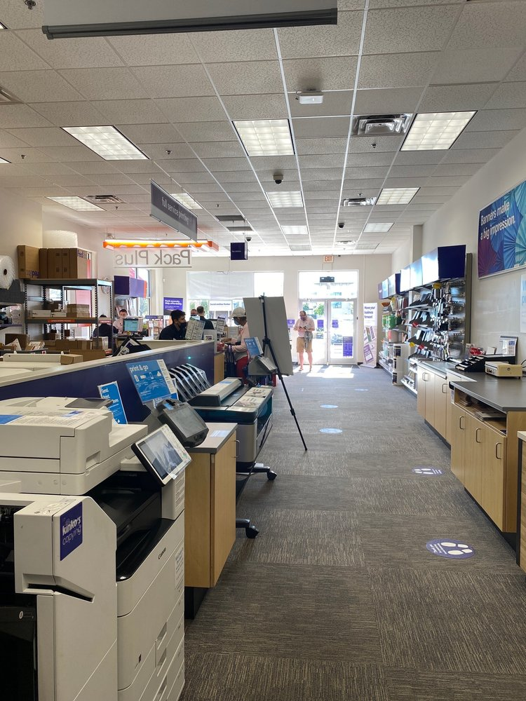 FedEx Office Print & Ship Center: 175 E Altamonte Dr, Altamonte Springs, FL