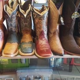 Botas Y Botines Guerrero - Shoe Stores - 17247 Valley Blvd 820fe79c1a2ea