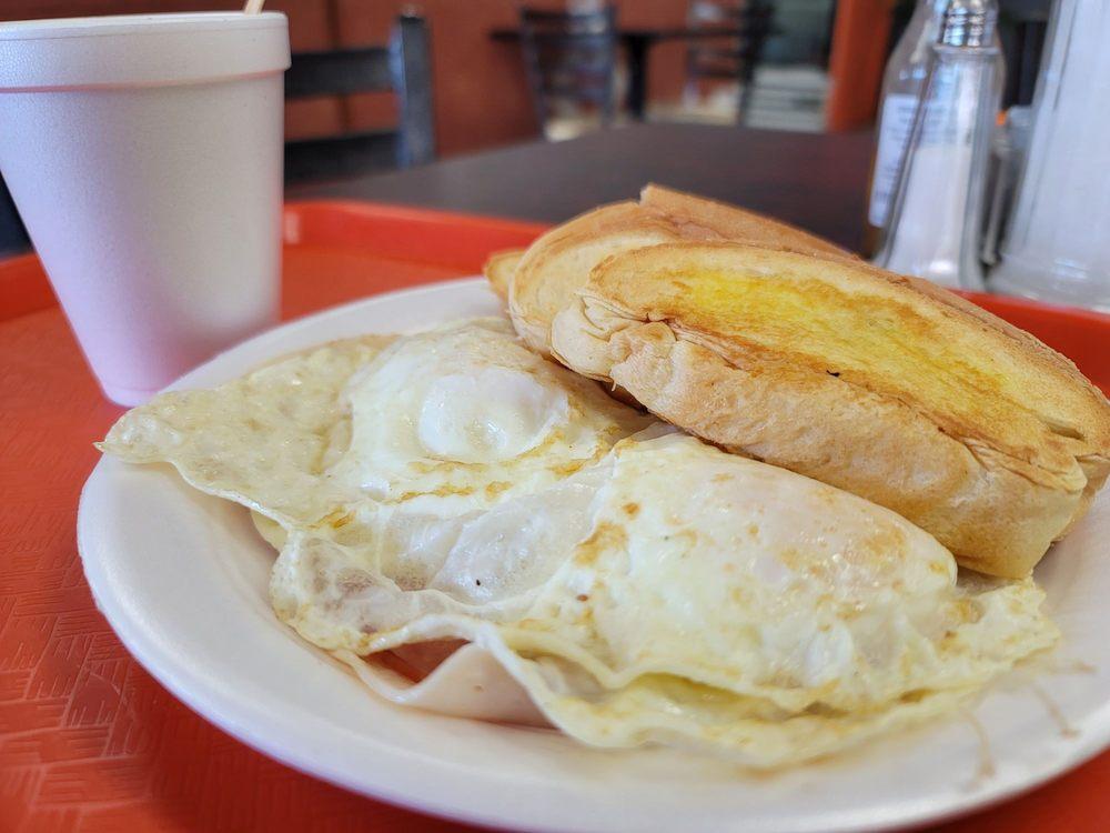Rico Pan Bakery: Carretera 3 KM 29.9, Río Grande, PR
