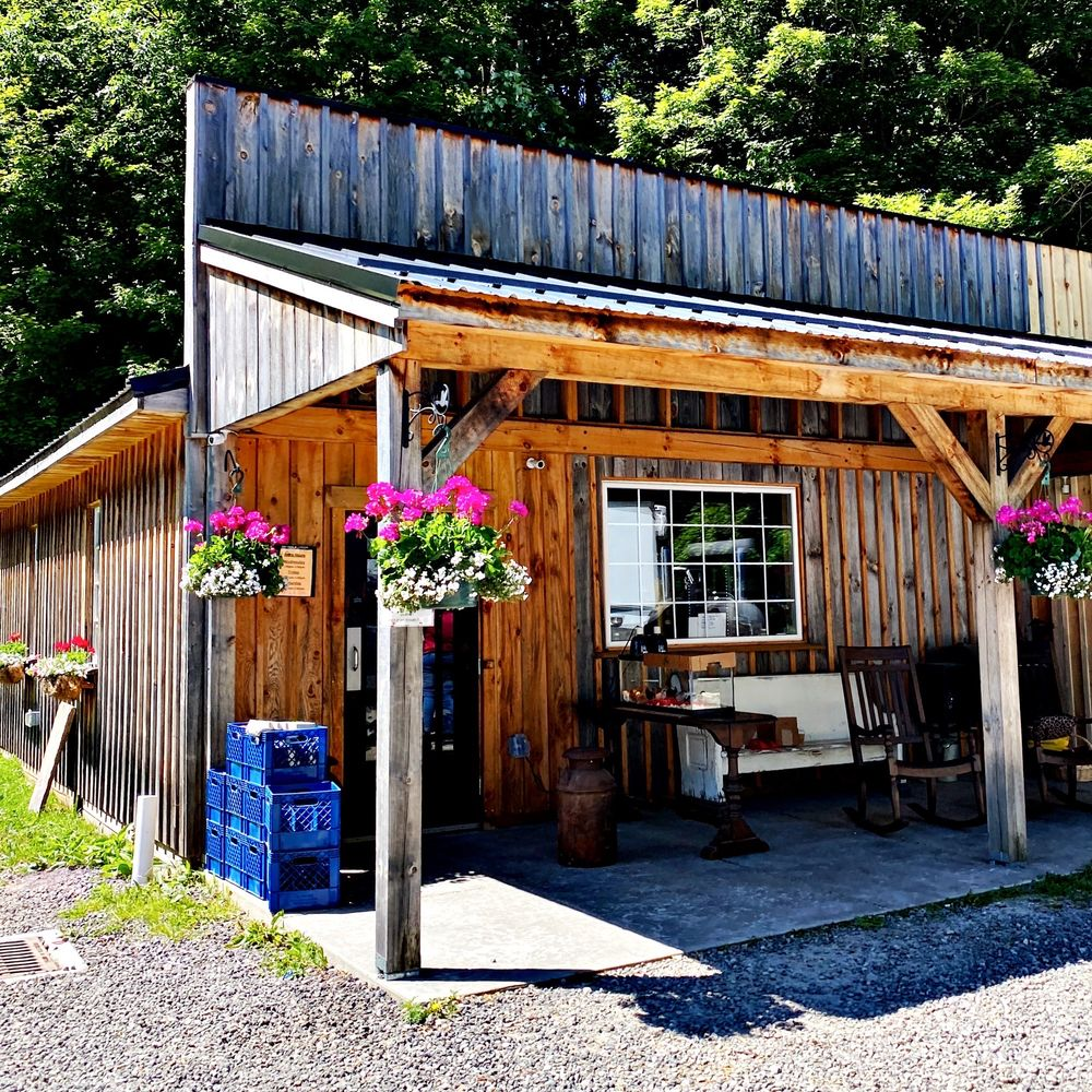 New Creation Farms: 12126 Clark Rd, Chardon, OH