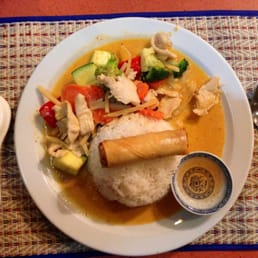 Photo Of Thai Country Kitchen Toronto On Canada Dinner Special Curry