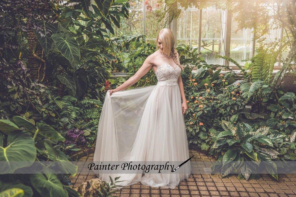 Katies Ladies Hanky Hem Skirt sizes Large 2XL Colour Black White