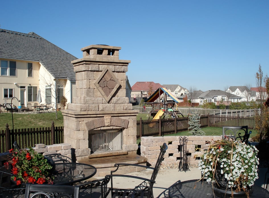 Heinen Landscape & Irrigation L C: 1044 Merriam Ln, Kansas City, KS