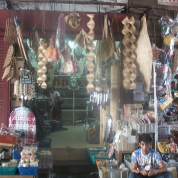 Yanga Handicraft Arts Entertainment Quiapo Underpass Manila