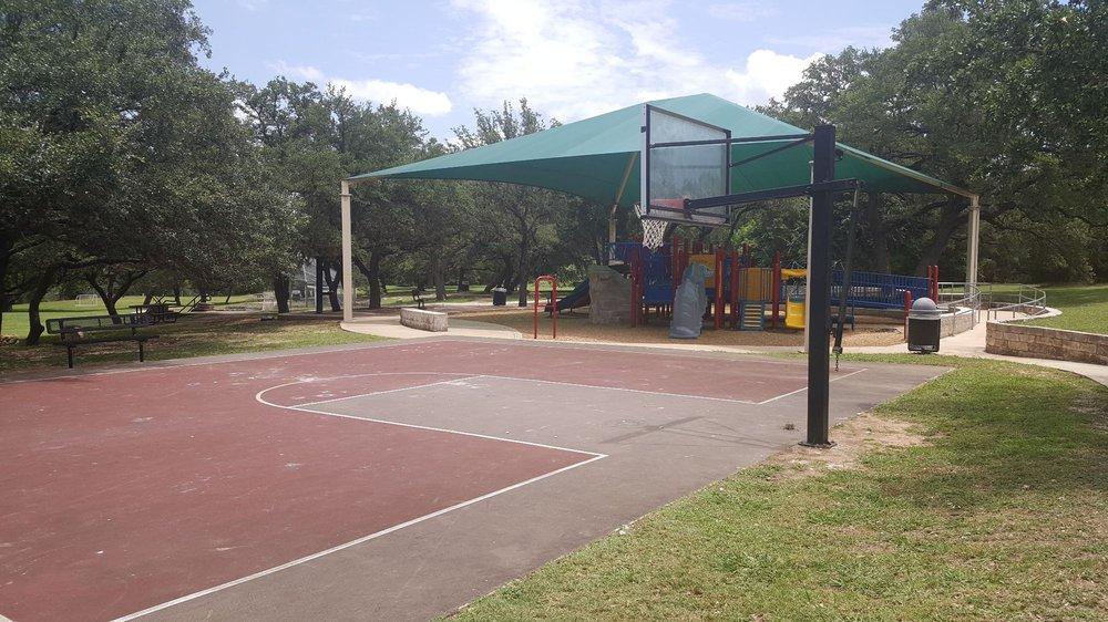 Trailhead Park: 11021 Boulder Ln, Austin, TX
