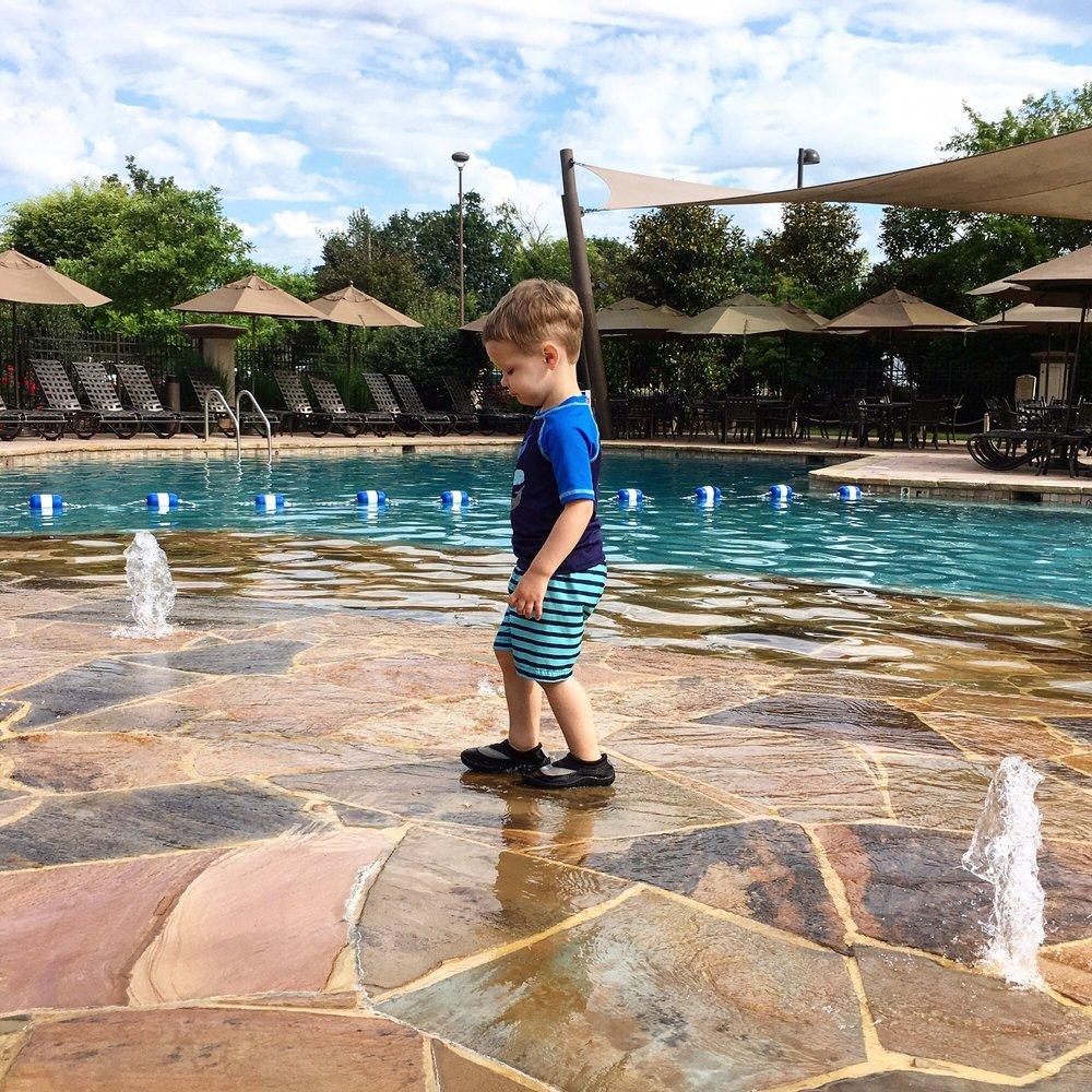 Suites In Lancaster Pa: Photos For Eden Resort & Suites