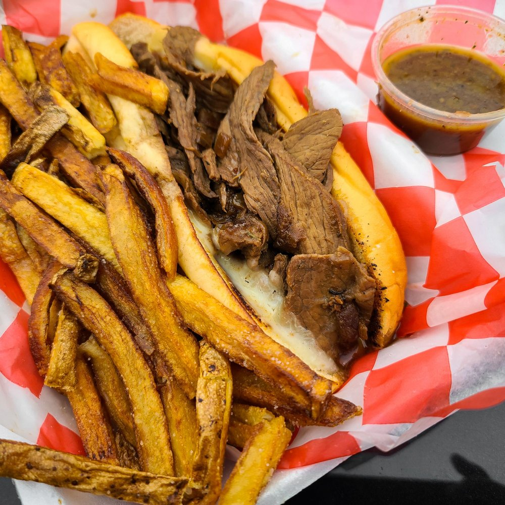 Walzzy's Hotdogs: 512 Ashebrooke Square, Morgantown, WV