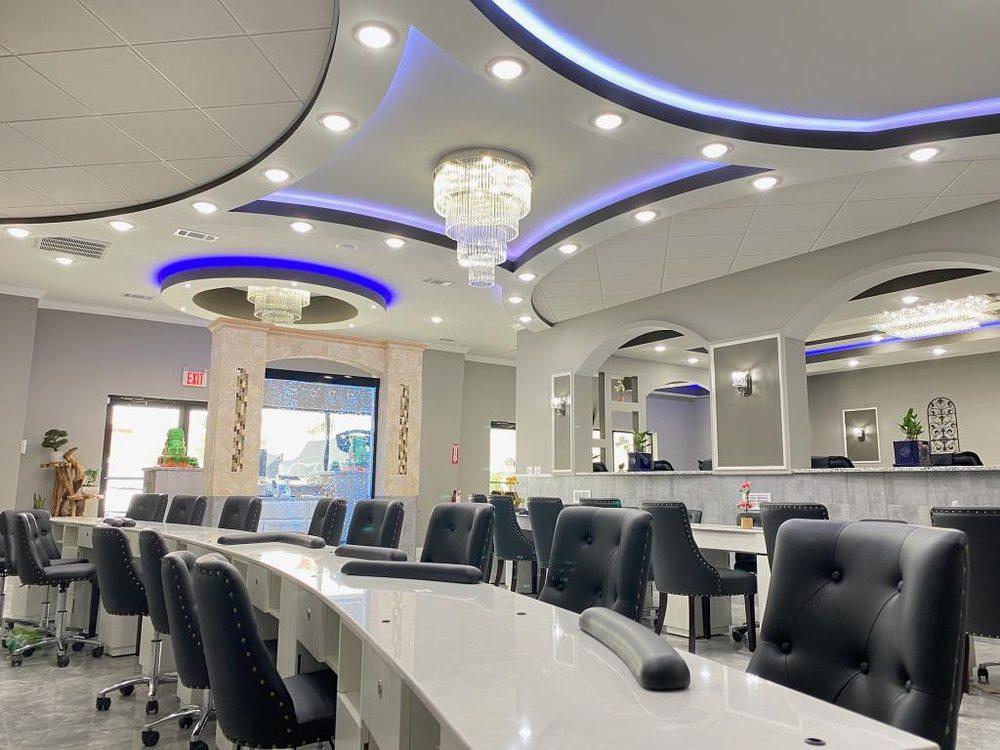 QV Nails Bar: 2945 Hope Mills Rd, Fayetteville, NC