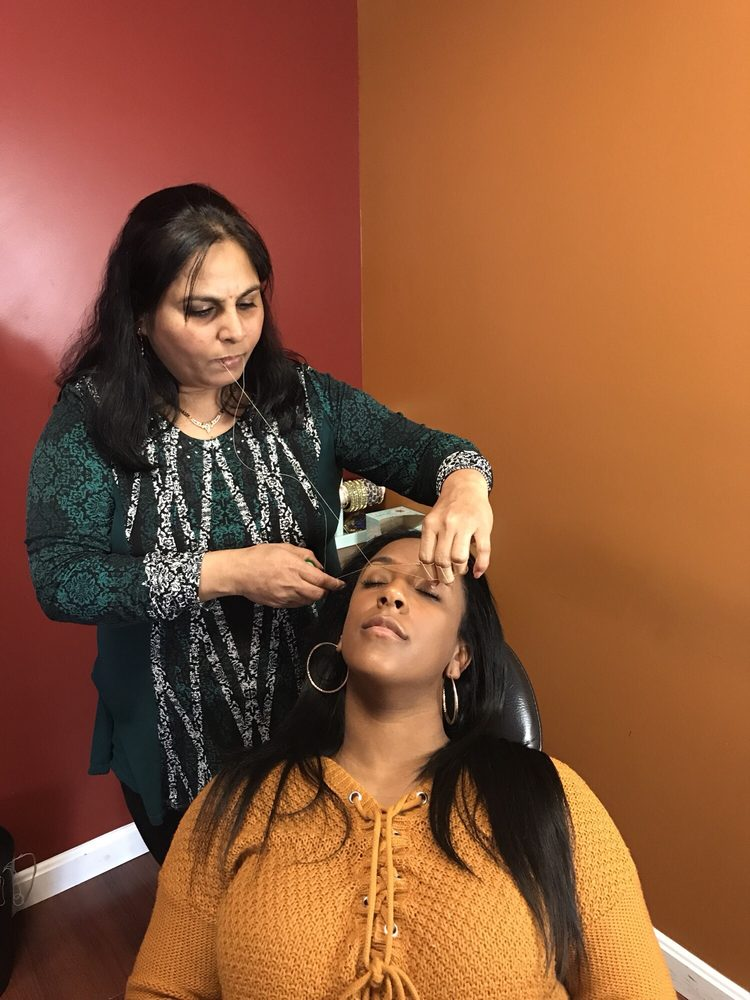 Photo of Meena eyebrow threading: New Bedford, MA