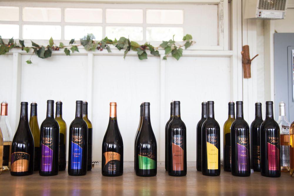 Terra Vina Wines: 33750 SW Ladd Hill Rd, Wilsonville, OR