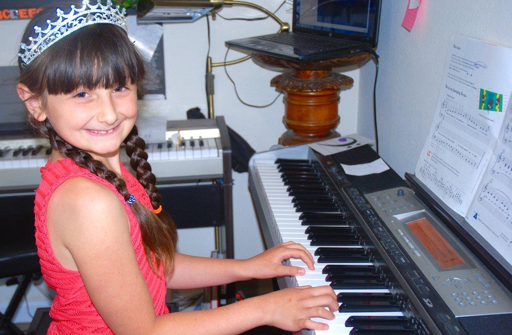 Miss Larisa's Piano Studio: Vallejo, CA