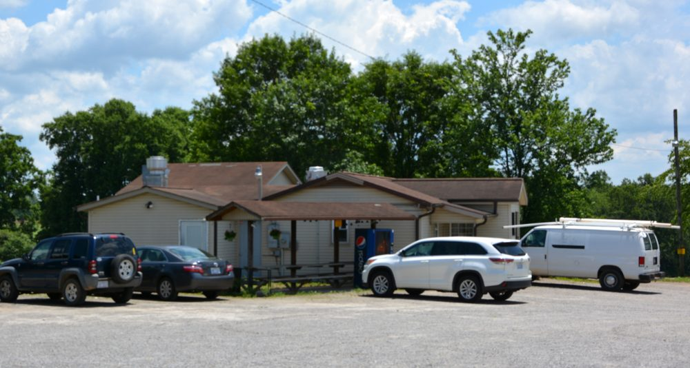 Farmer's Kitchen: 3501 Buck Shoals Rd, Union Grove, NC