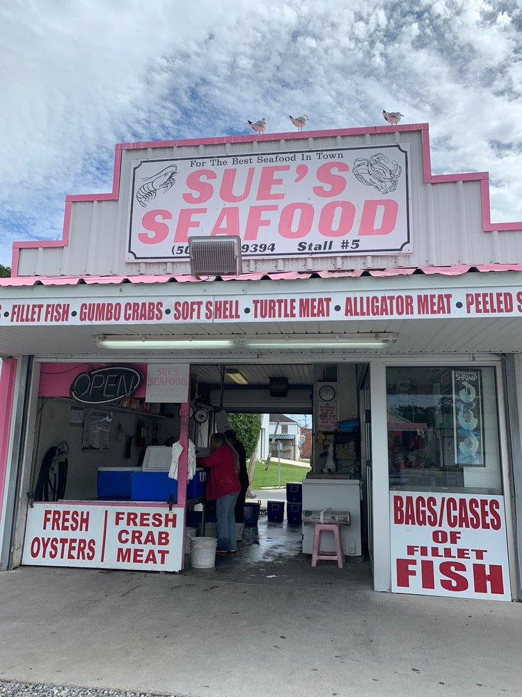 Sue's Seafood: 100 Westbank Expy, Westwego, LA